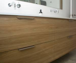 Woodgrain cabinet pattern