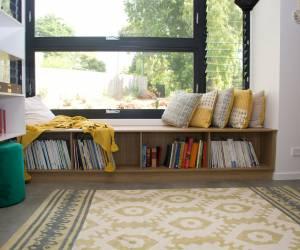 Bookcase seat